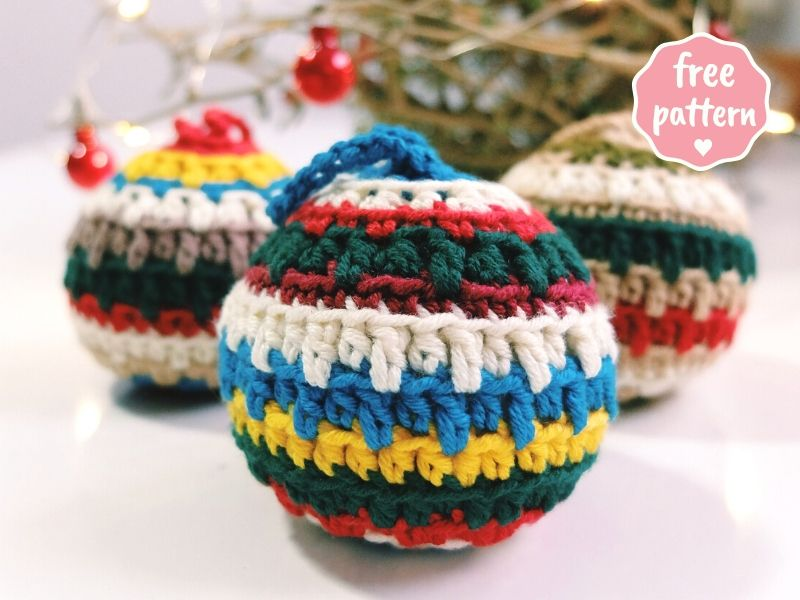 Christmas Baubles Free Crochet Pattern