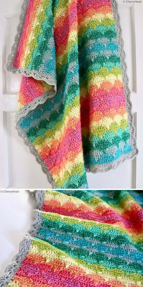 Clamshell Blanket by CherryHeart
