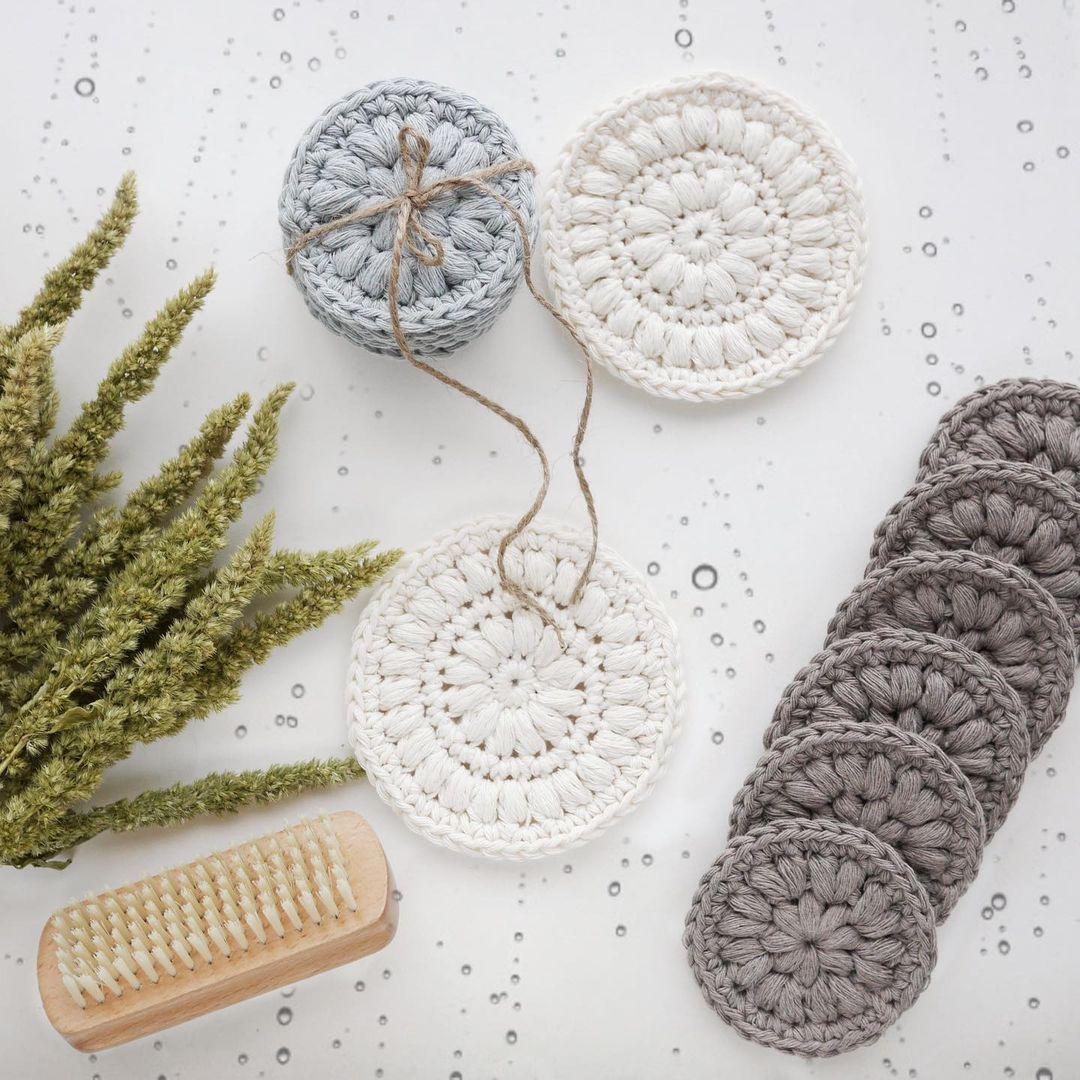 circular crochet face scrubbies